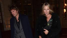 Kate Moss a Nikolai von Bismarck vyrazili na večeři.