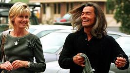 Olivia Newton-John s Patrickem McDermottem chodila devět let.
