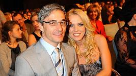 Roman Kufa s přítelkyní Gabrielou Bendovou.