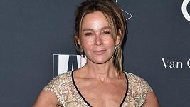 Na svůj věk vypadá Jennifer Grey skvěle, co říkáte?