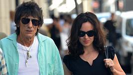 Ronnie Wood by rád s manželkou ještě počal potomka.