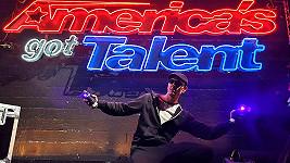 Alex Dowis uspěl v show Amerika má talent.