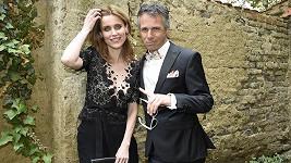 Krásnou slovenskou herečku si do klipu vybral Janek Ledecký.