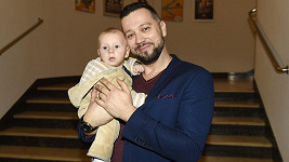 Michal se svým synem Davem Martinem.
