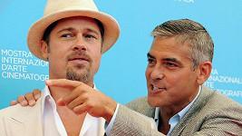 Svědkem George Clooneyho bude podle jeho tety Brad Pitt.