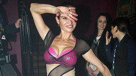 Hana Kynychová si drží super figuru.