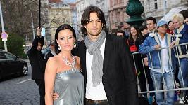 Gábina Partyšová s pohledným Danielem Zahrádkou.