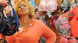 Halina Pawlowská v komedii Zoufalé ženy dělají zoufalé věci.