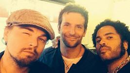 Leonardo, Bradley a Lenny na společné fotce.