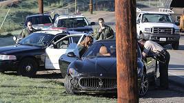 K nehodě se sjeli policisté. Naštěstí se vše obešlo bez zranění.