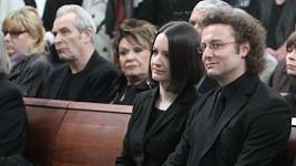 Syn Bronislava Poloczka se usmíval. Ví, že tátu konečně už nic nebolí.