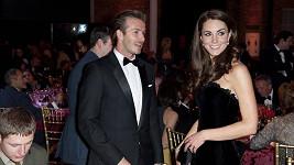 David Beckham s nastávající maminkou Kate Middleton.