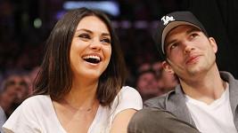 Ashton Kutcher a Mila Kunis se zasnoubili.