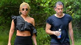 Lady Gaga se sešla se svým přítelem uměleckým agentem Christianem Carinem.