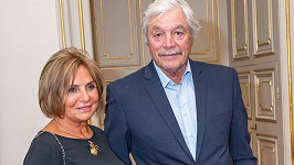 Juraj Kukura tvoří s manželkou pár už víc jak čtyřicet let.