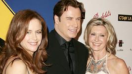 John Travolta s manželkou Kelly Preston (vlevo) a kolegyní a přítelkyní Olivií Newton-John