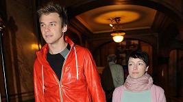 Tatiana Vilhelmová s Vojtou Dykem.