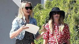 Ty dvě si teď vyrazily v Hollywoodu na nákupy.