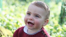 Princ Louis roste jako z vody!