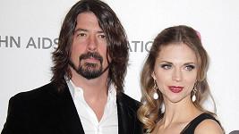 Dave Grohl s manželkou Jordyn