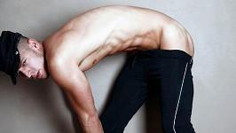 Filip Jankovič na provokativních gay snímcích.