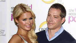 Vztah Paris Hilton a Cy Waitse je již minulostí.