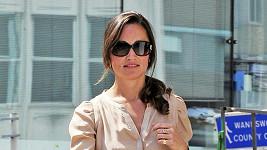 Pippa Middleton je opět elegantně oblečená.