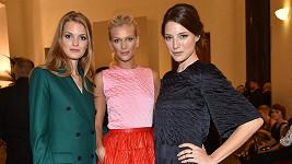 Magdaléna Langrová, Zuzana Straská a Linda Nývltová byly rády, že se po dlouhé všechny sešly v Praze.