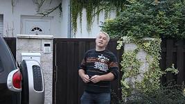 Bodyguard Josef Rychtář, který se stará o Ivetu Bartošovou.