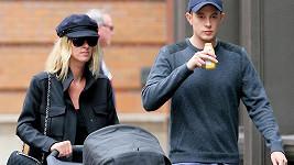 Nicky Hilton s Jamesem Rothschildem a jejich dcerou Lily Grace