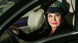 Dáda Patrasová poprvé po autonehodě usedla za volant.