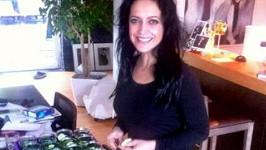 Lucie Bílá zavařila desítky sklenic okurek.