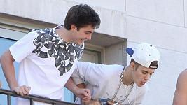 Justin Bieber si v poslední době plivání oblíbil...