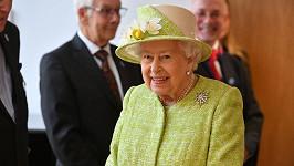 Britský Den matek se neobešel bez přání z královského paláce. Na snímku královna Alžběta II.