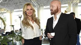 Simona a Karel jsou pár dní bez dětí.