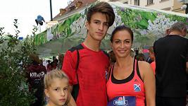 Na své děti je známá cvičitelka náležitě hrdá.