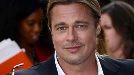 Brad Pitt už je padesátník.
