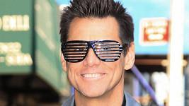 Jim Carrey v nevšedních brýlích.