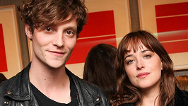 Dakota Johnson a Matthew Hitt se rozešli.