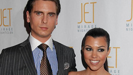 Kourtney Kardashian už se Scottem Disickem došla trpělivost.