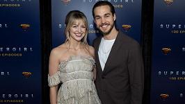 Melissa Benoist a Chris Wood se stanou poprvé rodiči.