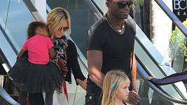 Heidi s manželem Sealem a jejich dětmi.