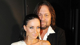 Jiří Pomeje s manželkou Andreou posvětí svůj neoficiální sňatek prvního června.