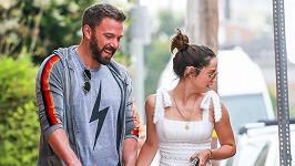 Ben Affleck a Ana de Armas na společné procházce