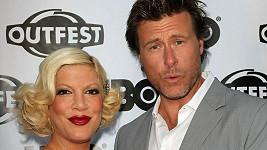 Tori Spelling s manželem Deanem McDermottem.