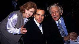 Ben Stiller s otcem Jerrym Stillerem a matkou Anne Mearou
