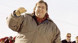 John Candy jako Irving Blitzer ve filmu Kokosy na sněhu