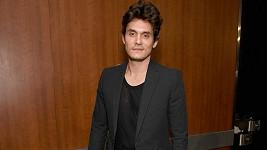 John Mayer se svěřil s podivným zvykem.
