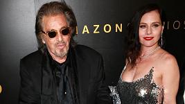 Al Pacino a Meital Dohan se rozešli.