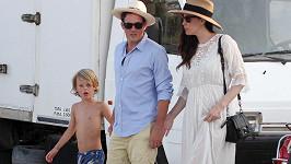Liv Tyler s Davem Gardnerem a jejím synem Milem na Formenteře.